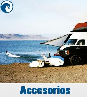 Accesorios para surfear o estar en la playa durante el día de surf